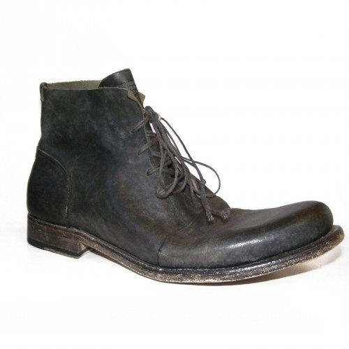 Boots in Leather Black Horse Reverse  Processing stonewashed Sole worked with Blake Rapid stitching  (durable and flexible) Leather sole Finished Manually Unique product, timeless