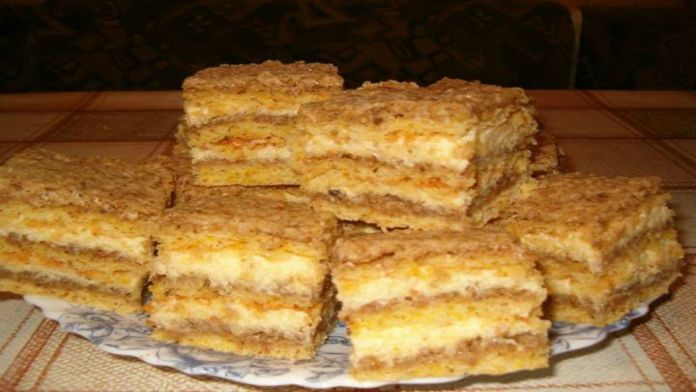 Ořechové řezy s krémovou vanilkovou náplní a nejrychlejší přípravou! – Milujeme recepty