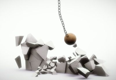 Creating a Dynamic Wrecking Ball Simulation Using Mass FX and Constraints in 3ds Max