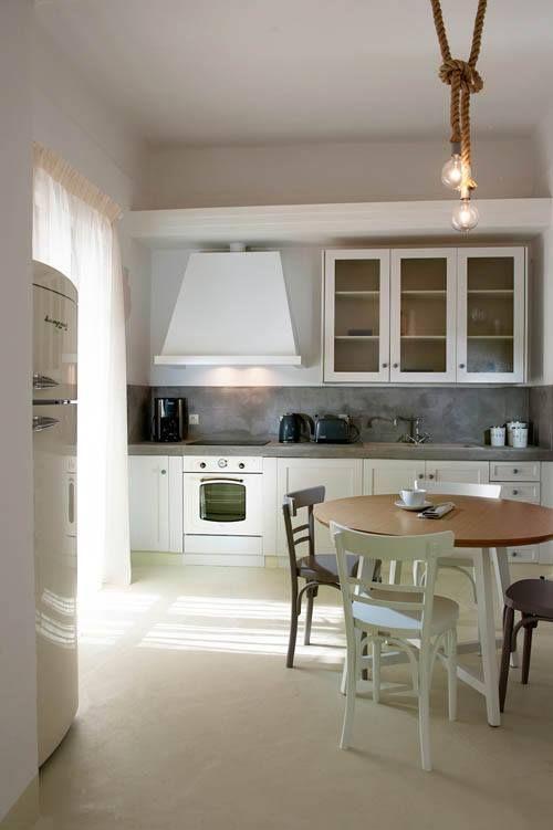 Country white #Bompani #architettura #design #arredamento #MadeInItaly #ItalianCulture #ItalianCuisine #fridge #frigorifero #white