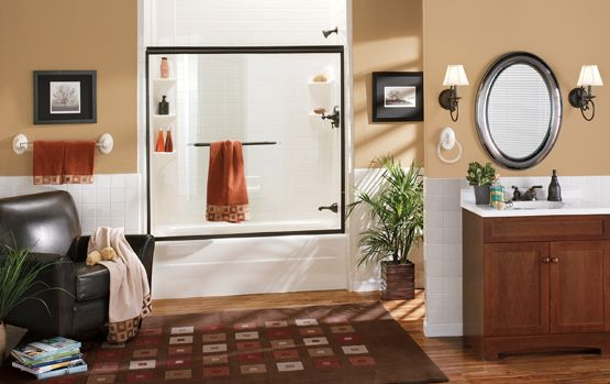 Looking to have a new bathtub or shower liner installed to give your bathroom a makeover? Explore the many installation options offered by The Home Depot.