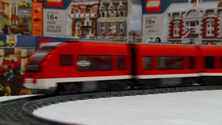 LEGO 7938 Passenger Train