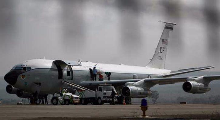#DÜNYA ABD askeri uçağı Endonezya'da acil iniş yaptı: ABD Hava Kuvvetlerine ait bir uçak, arıza nedeniyle Endonezya'nın batısındaki Açe…