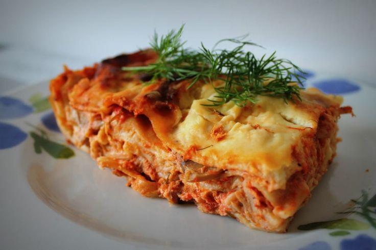 Tonnikala tuo vaihtelua perinteiseen lasagneen. Käyttäjältä yenna.