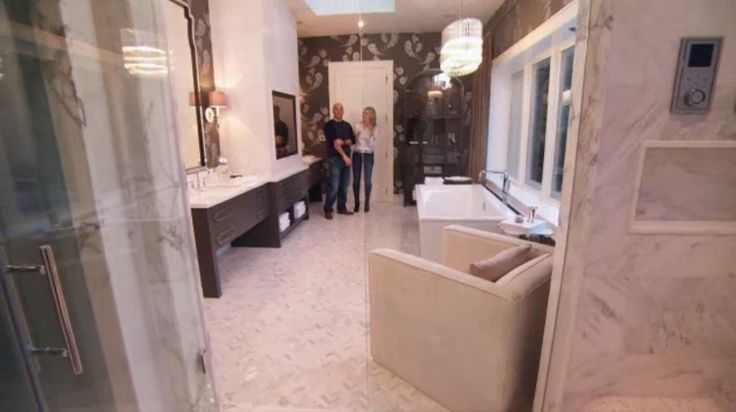 1000 images about house of bryan in the sticks hgtv on for White house master bathroom