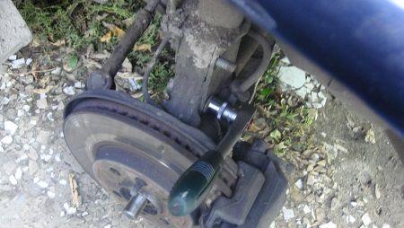 Как выбить внутренний шарнир равных угловых скоростей (ШРУС) : замена сцепления , ремонт кпп ,замена ремня грм, ремонт акпп Автосервис в Подольске