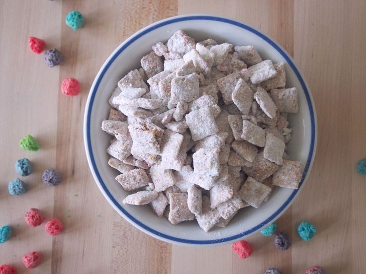 Peanut Butter and Jelly Puppy Chow Puppy chow recipes