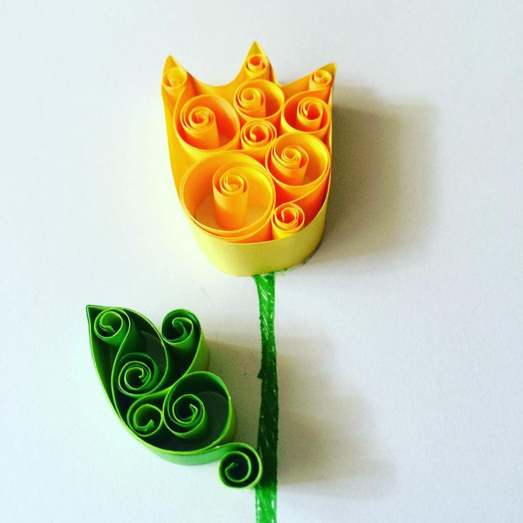 ** Quilling - tulipán **