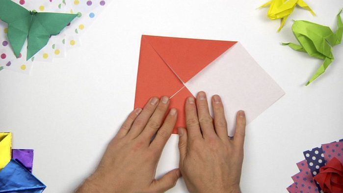 Learn to fold an origami butterfly - ABC Splash The Arts (F,1,2)