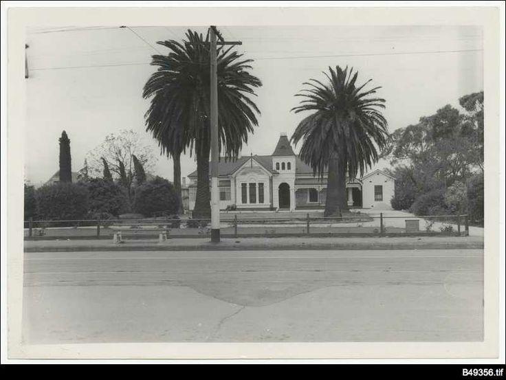 Colebrook House