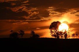 Solární ohřívače jsou úplne skvělí.. Mít tak takoví doma ...  http://www.tatramat.com/cz/produkty/solarni-ohrivace-vody-cz