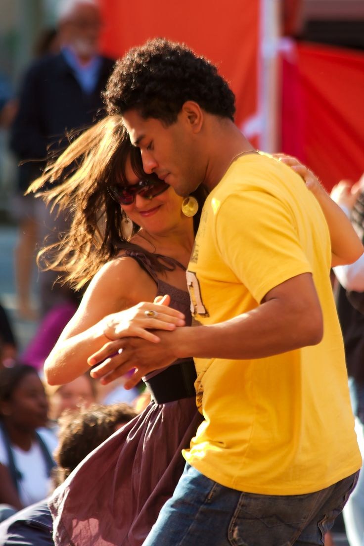 how to dance bachata dominican style step by step