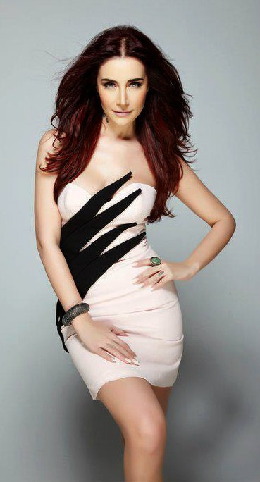 Turkish Singer Sila Gen 231 Oğlu Fashion Shoot Turkish