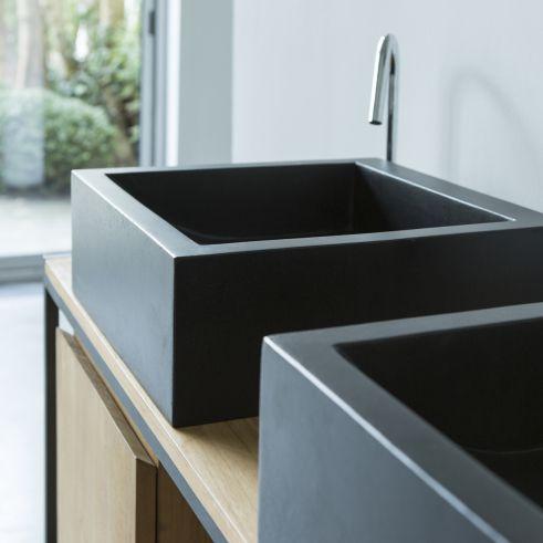 Vasque En Terrazzo Noir 42 Cm Mobilier De Salle De Bain Tikamoon En 2020 Vasque Meuble Sous Vasque Salle De Bain