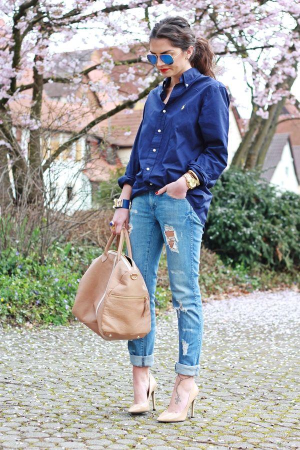 Ffashion hippie loves on her blog wearing Bgo and me handbag