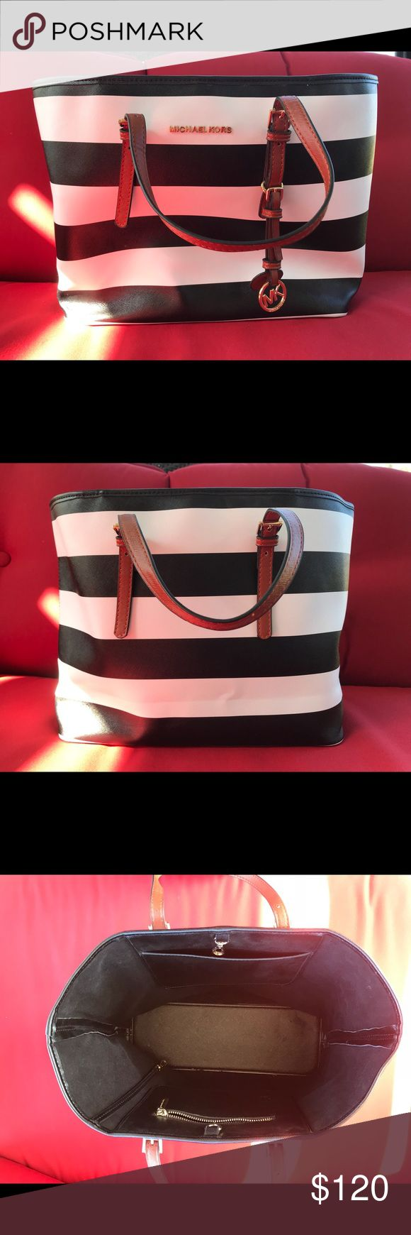 Michael Kors Tote Authentic Michael Kors Jet Set Tote >>Black & White Stripes<< Excellent Condition KORS Michael Kors Bags Totes