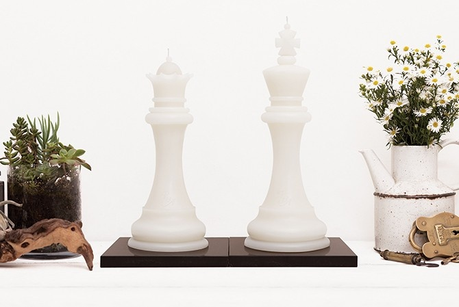 KING & QUEEN CANDLES: Ash White A striking paradigm of partnership. These regal pieces come from the classic Staunton chess set, originally designed by Nathaniel Cook and turned by John Jaques in 1849. These beautiful interpretations were turned by Master wood-turner Courtney Williams and expertly carved by joinery artisan Wayne Mavin. www.pitchandash.com.au