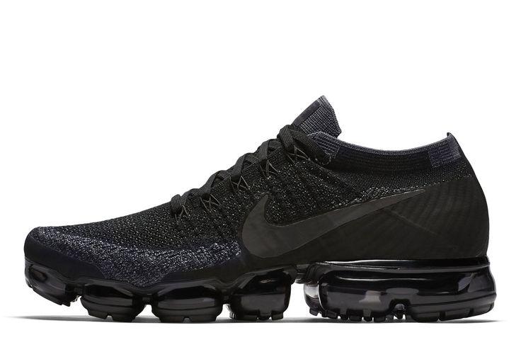 Nike Air VaporMax Flyknit 'Triple Black' - EU Kicks: Sneaker Magazine
