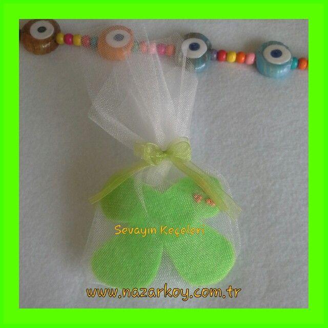Yeşil kelebek bebek ve nikah şekeri:)