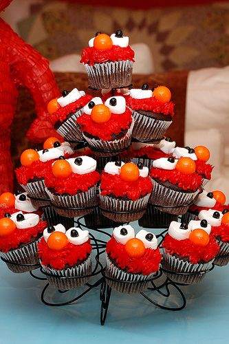 Elmo:)Fun Recipe, Birthday Parties, Food, Cups Cake, Parties Ideas, Favorite Recipe, Elmo Cupcakes, Elmo Parties, Cupcakes Rosa-Choqu