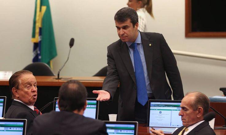 Ex-secretário de Assistência Social responde por propina da 'verba do lanche'