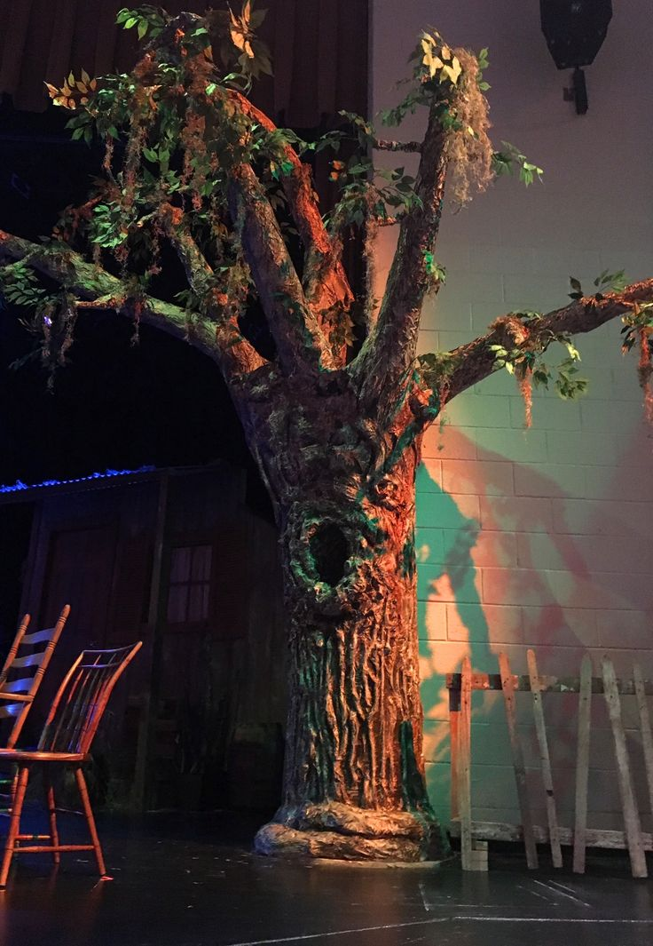 how to make a tree for a theatre set