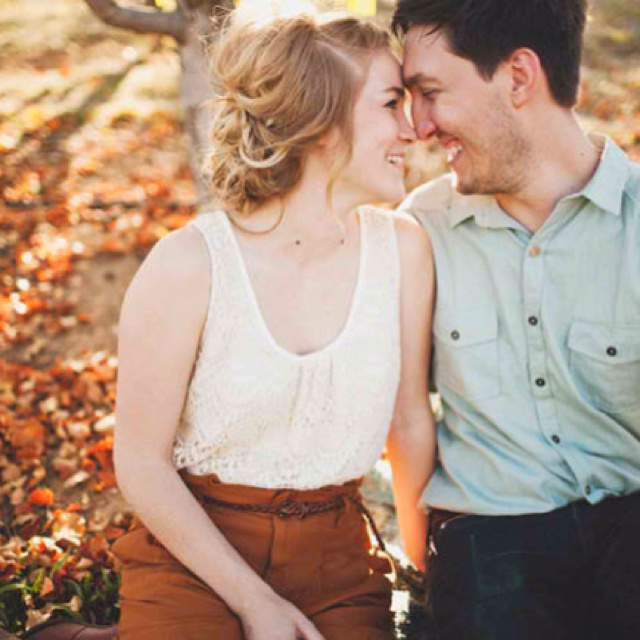 Tyler branchBranches Photos, Fall Leaves, Couple Photoshoot Outfits, Couples Photography, Photography Poses, Tyler Branches, Couples Fall Photoshoot Ideas, Couples Photoshoot Outfit, Photography Ideas