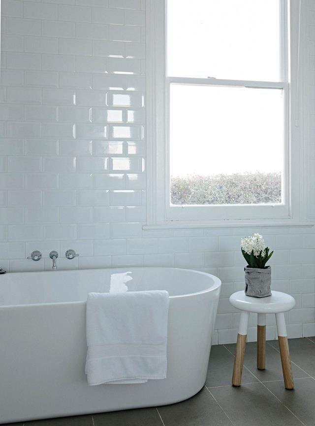 Farmstay In Tasmania Near Launceston A Luxuriously Renovated Cottage Free Standing Bath Tub White Bathroom Interior Bathroom Interior Design
