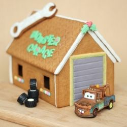I use IKEA gingerbread house kit to create this monster garage. Yes, IKEA sells gingerbread cookies!
