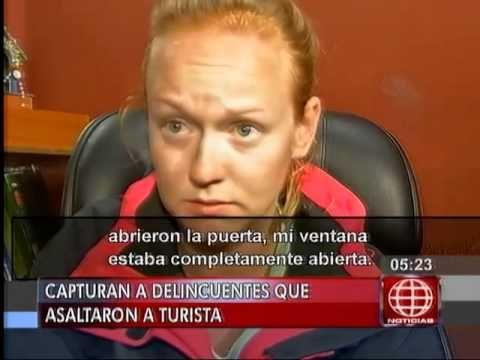 América Noticias: Delincuentes asaltaron a una turista estadounidense en...