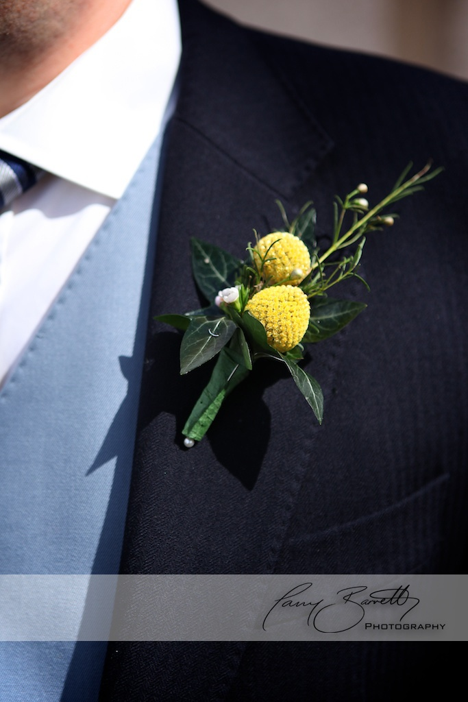 Button hole for groom