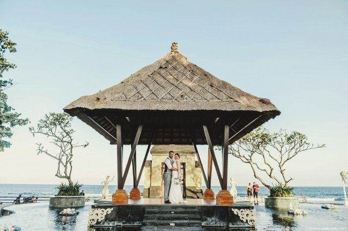Bali gazebo wedding