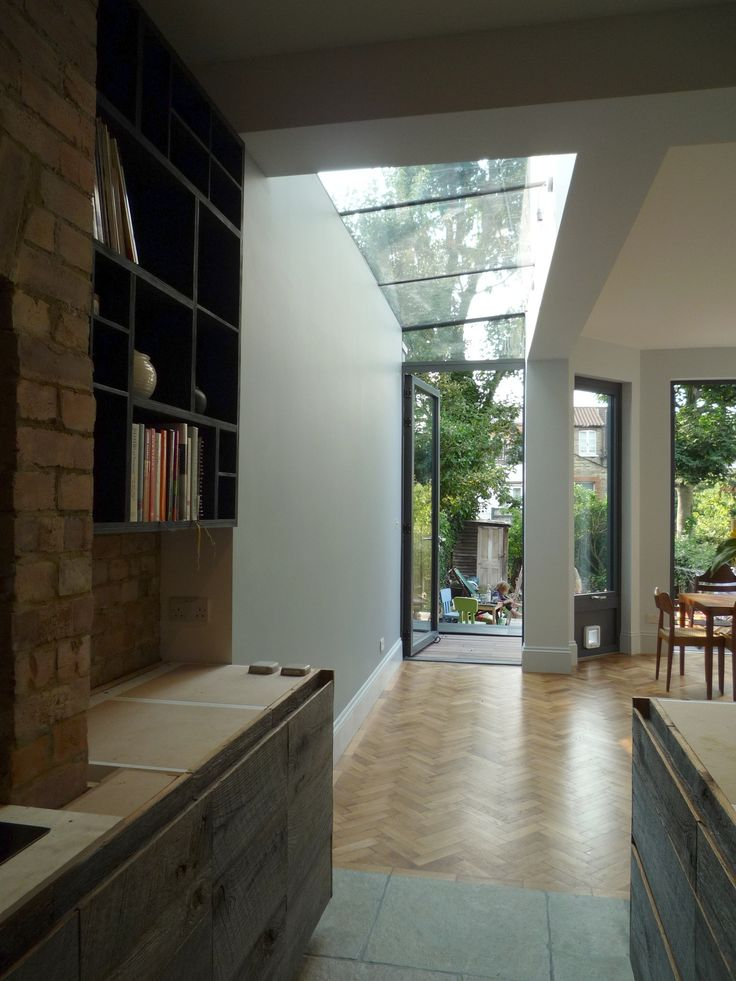 Great side extension. Love the full height glazed door connecting the garden. www.methodstudio.london