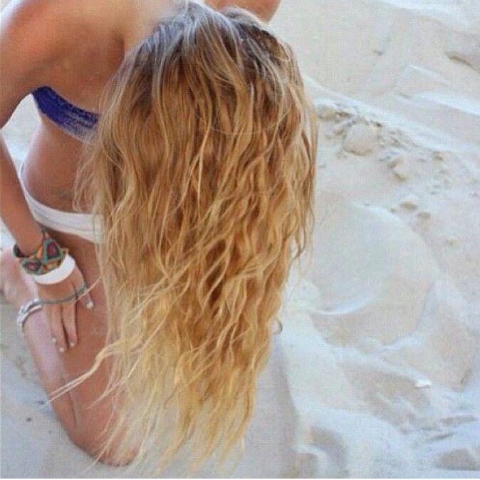 Scrunched beach hair