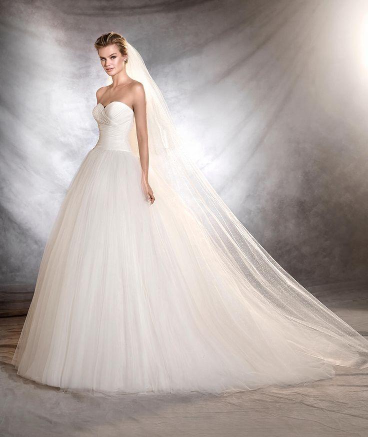 OZANA - Princess wedding dress with sweetheart neckline
