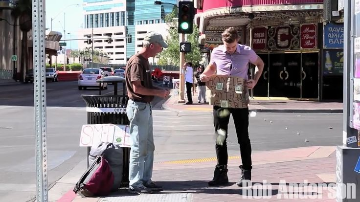 Magician surprises homeless veteran after ripping up sign