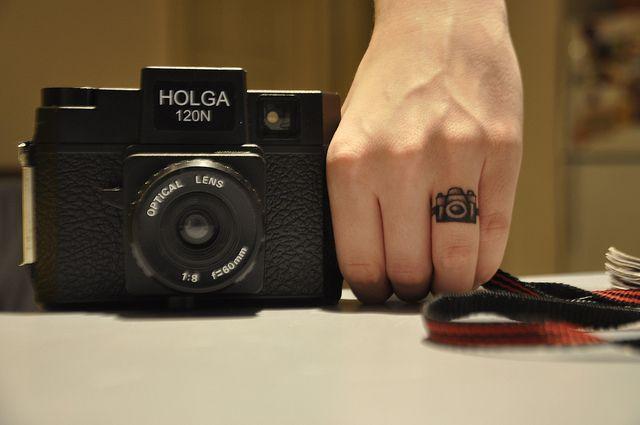 Diseños de tatuajes que todo amante de la fotografía deseará tener.