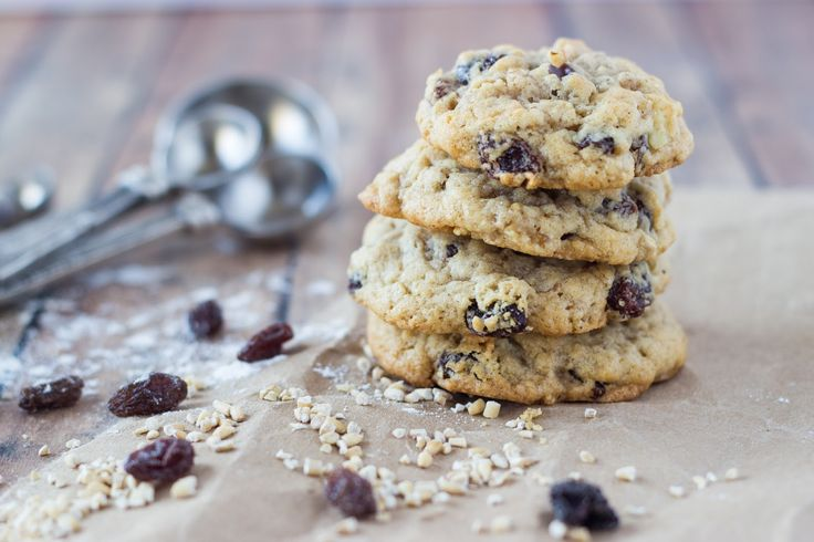 Cooking on the Front Burner: Old Fashioned Oatmeal Cookies