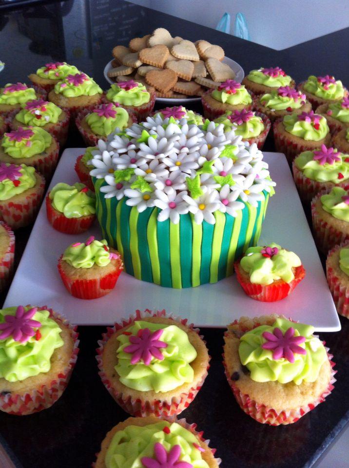 Flores y cupcakes