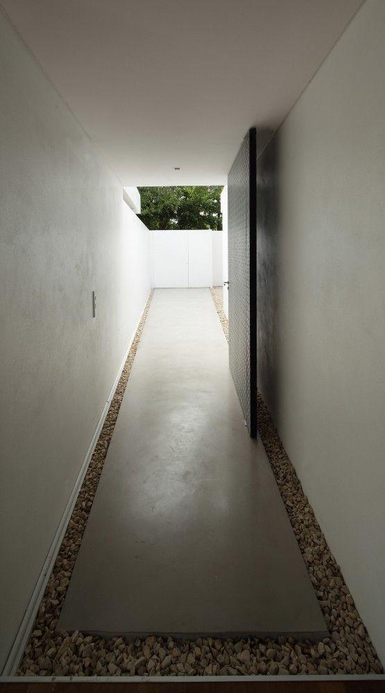 Bunker House / Estudio Botteri-Connell
