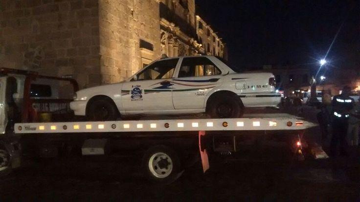 Informa la Cocotra que realizó un operativo para detener vehículos de transporte público que funcionaban de manera irregular en el Recinto Ferial y la Plaza Valladolid; esto, para garantizar la ...