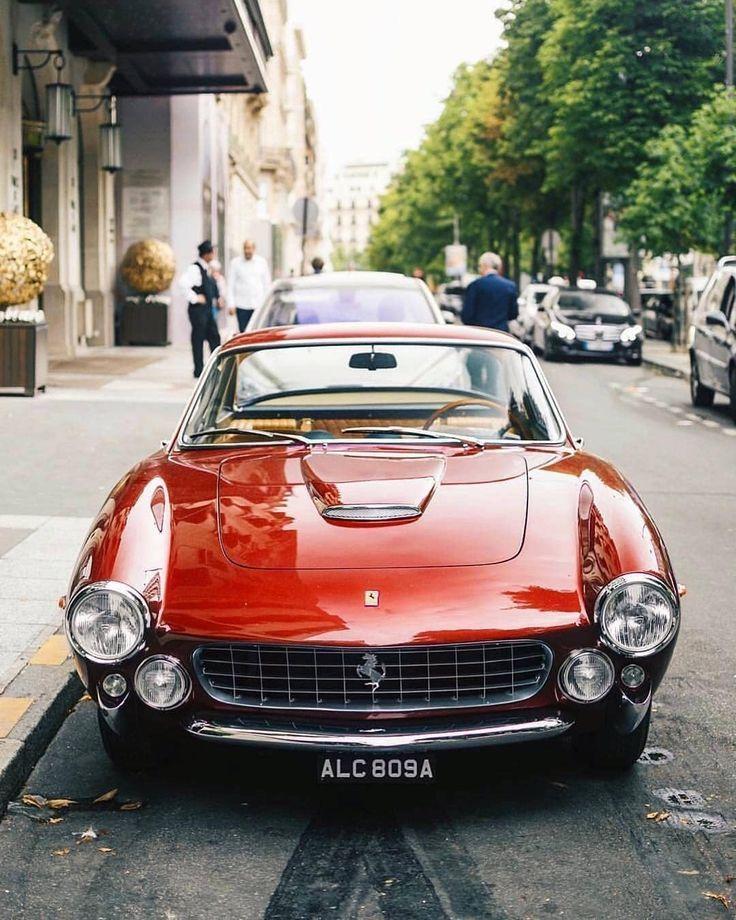 Chic Cars Paloma Contreras Design In 2020 Classic Car Photography Classic Car Photoshoot Classic Cars