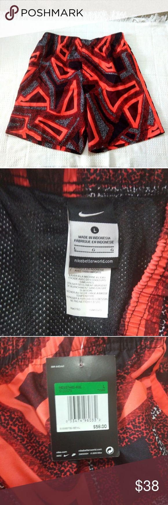 Nike Athletic-Badeshorts Diese Nike-Badeshorts fallen groß aus. Sie sind Kleie …   – Summer Style