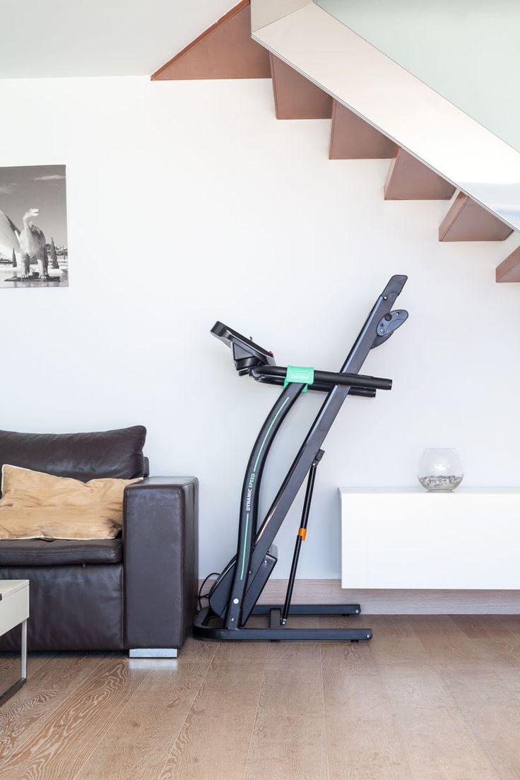 Treadmill Cecotec. Cinta de correr Sprint. Designed by Juan Campos. Save Space. Compact. Fitness.