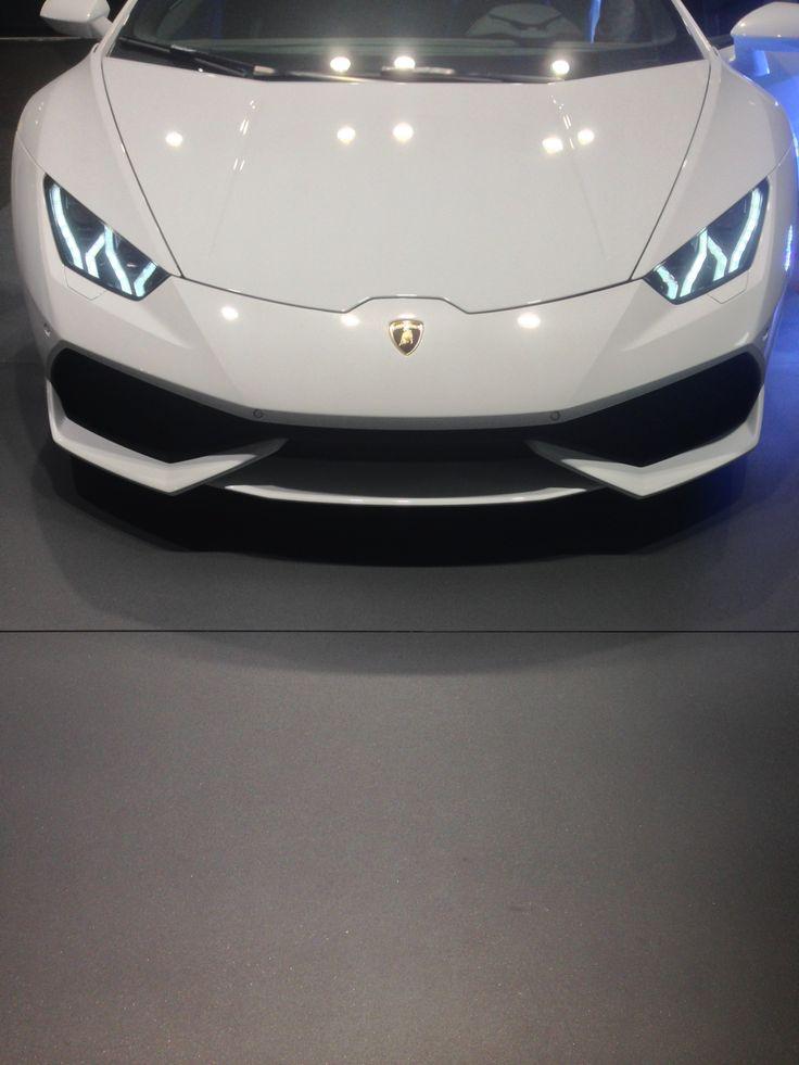The Lamborghini Huracan's Piercing Stare
