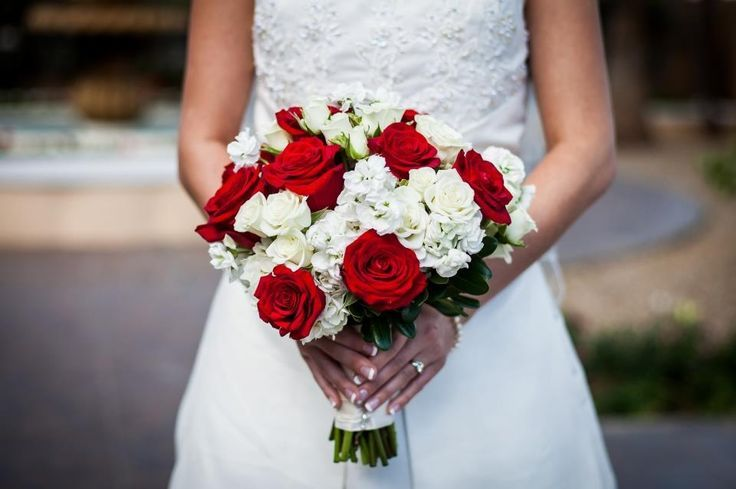 wedding flowers red and white