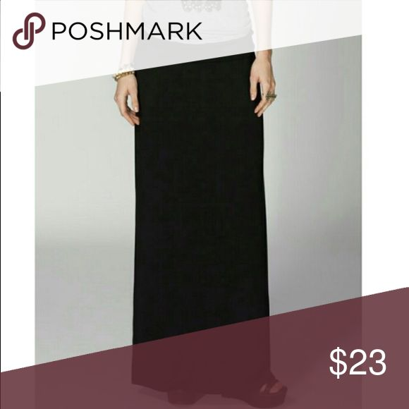 🌟JUST IN!🌟 Maxi Skirt This black maxi skirt will be your go-to piece this fall/winter! It is SO soft, you'll feel like you're wearing pajamas. The fold-over waist is very wide, so you have a lot of room to work with (soon-to-be mamas, this would make a great maternity skirt)! This skirt has pretty good stretch in general. Pair with a graphic tee, or chambray top and you're golden. 💖  👖Materials 95% Rayon • 5% Spandex (SO soft!)  💰Bundle 2 items and save 10%! Skirts Maxi