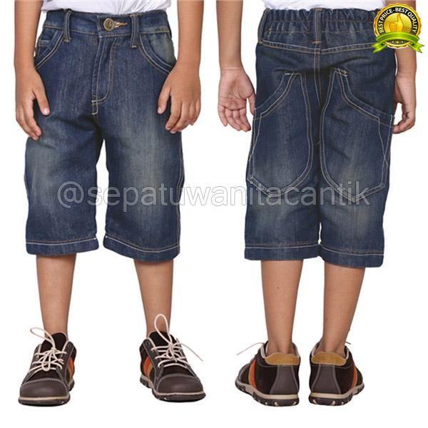 Celana jeans Anak ini Harga Asli 162.000 tapi sekarang kami jual hanya 127.000  Merk : Catenzo Junior Kode Produk: CNUS132 Ukuran : 8,10,12 Berat Timbang : 0,50 Kg Berat Volume : 0,45 Kg Deskripsi : Denim Biru  Detail produk Pakaian Anak Laki-laki Denim Catenzo Junior  Pakaian Anak Laki-laki Denim/Celana Jeans Anak Laki-laki ini diproduksi oleh Catenzo Junior, Salah satu merk yang terkenal di Bandung yang telah banyak memproduksi berbagai produk fashion seperti berbagai pakaian anak…