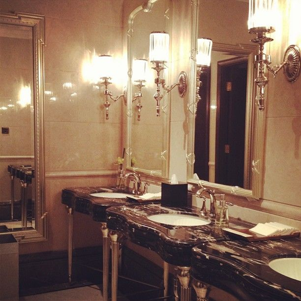 Waldorf Astoria Shanghai public restroom