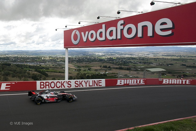 Button does first lap of Bathurst in an F1 car    Jenson Button became the first driver to lap the famous Mount Panorama circuit, home of the Bathurst 1000, in an F1 car, Tuesday, March 22, 2011.
